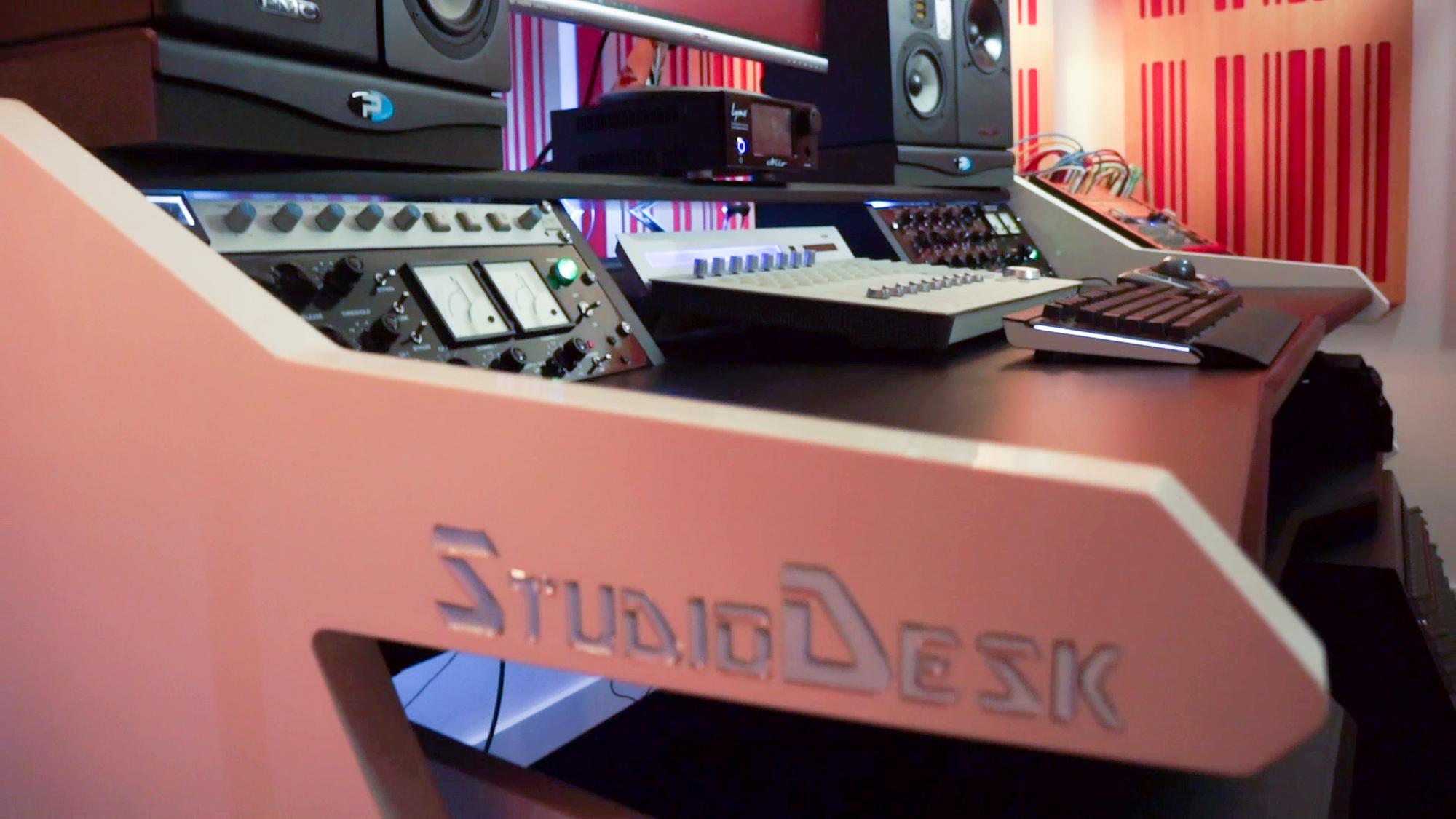StudioDesk Music mander