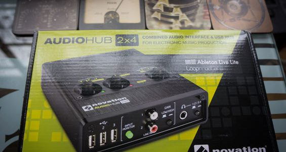 Novation-Audiohub-2x4---1