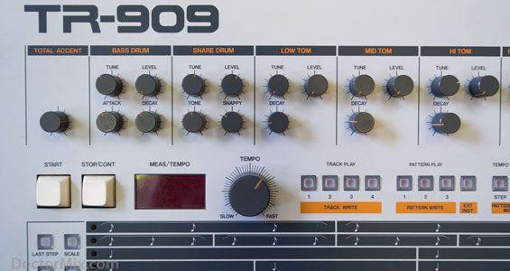 TR-909 17-565-W