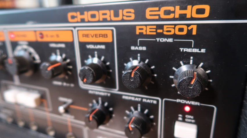 Roland RE-501 Chorus Echo Controls